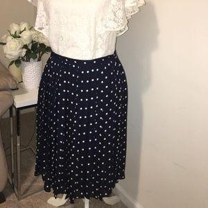 Lauren ralph lauren  plated skirt size 10